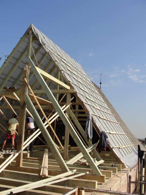 Új tetőszerkezet építése 3.